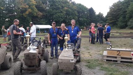 Siegerehrung Rasentraktorrennen Brandscheid MSP Racing-Team